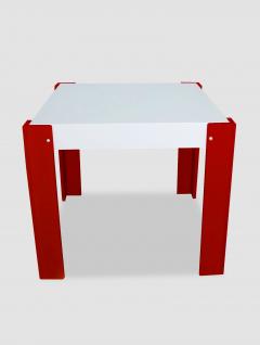 Mesa Cuadrada Tapa Fija Blanca Roja