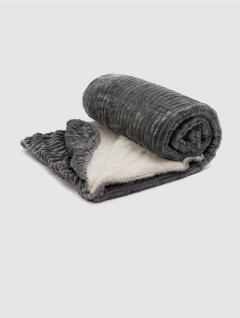 Manta Stripe Gris Polar con Corderito