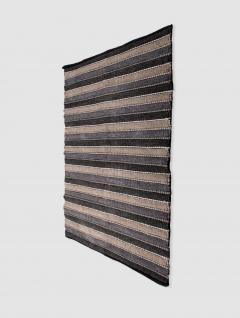 Alfombra con franjas negras 90x150 cm